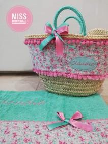 capazo y toalla flores regalo cumpleaños princesa playa verano comunión