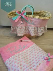 capazo y toalla regalo cumpleaños princesa playa verano comunión ESTAMPADO