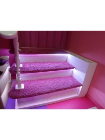 Escaleras3 peldaños,baldas fresadas,pasamanos, leds, transformador