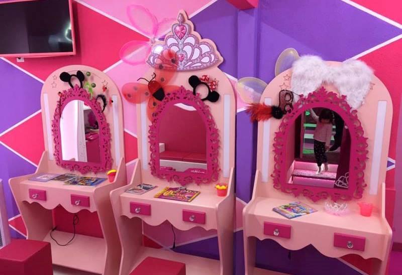 castillo princesas tocadores stars party